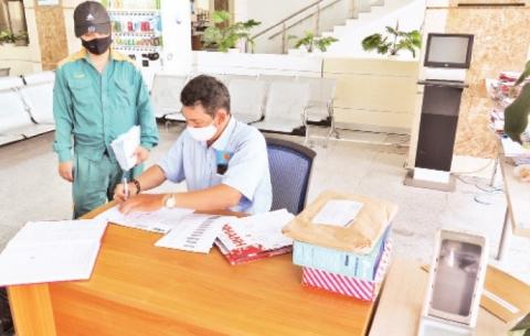 Thuận lợi khi quyết toán thuế trực tuyến, qua đường bưu chính